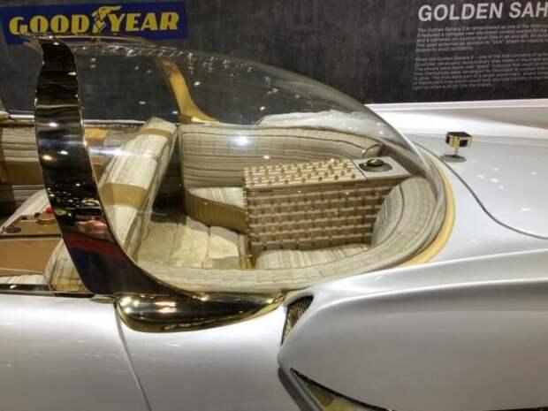Все ли то золото, что блестит? Или первый в мире автомобиль с перламутровым кузовом