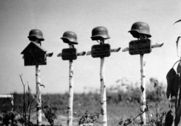 «Хоронили столько солдат, сколько помещалось в яму»: об отличиях немецких и советских могил