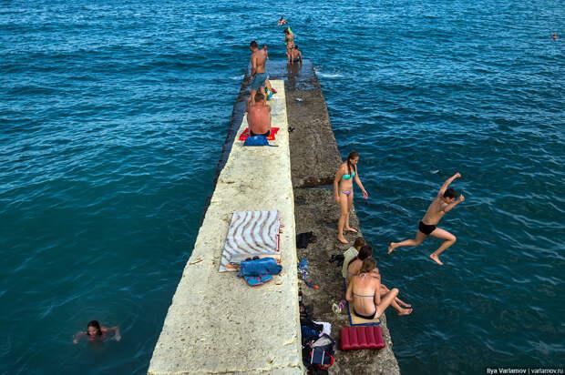 Курортный сезон в Крыму: Рыбачье, Алушта