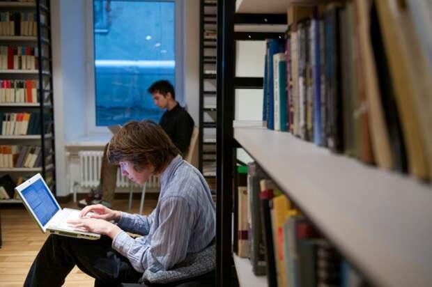Юных читателей библиотеки на Дмитровке познакомят с творчеством писателей Николая Носова и Виктора Драгунского