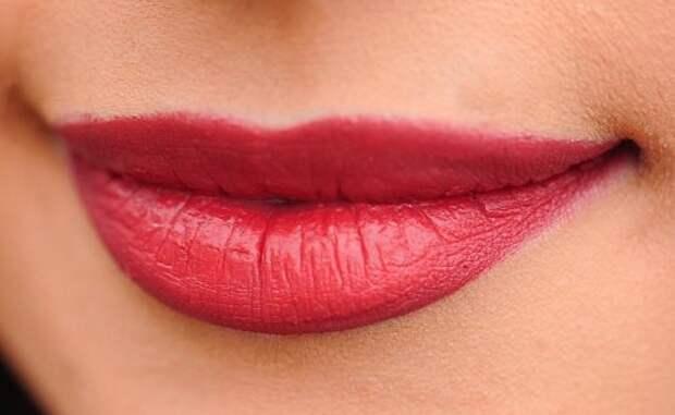 Какие существуют способы увеличения губ?