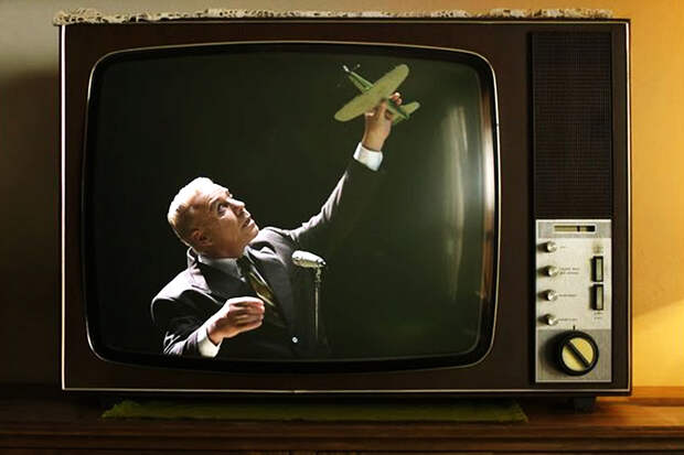 Лидер группы Rammstein запел по-русски: обзор главных музновинок недели