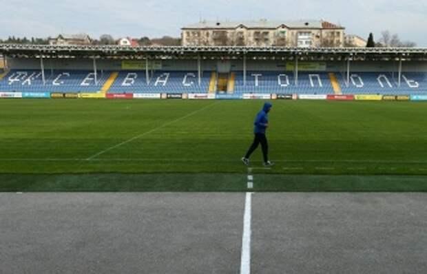 ТАСС: УЕФА запретил крымским клубам выступать в российских соревнованиях с 1 января