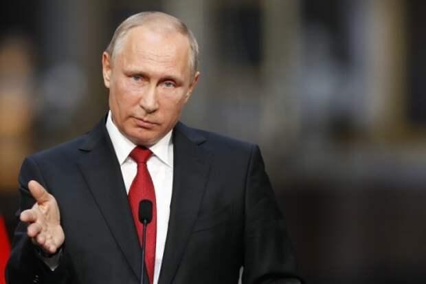 Владимир Путин высказался о женщинах