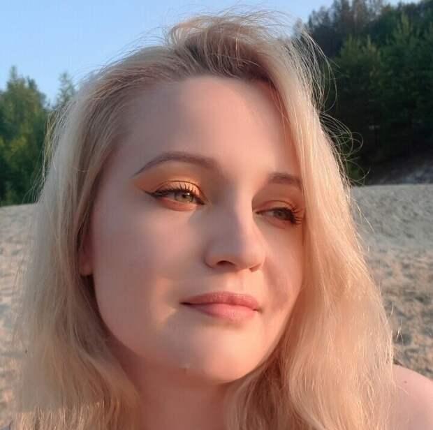 Автор канала О макияже СмиКорина