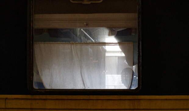 Поезд «Владивосток— Омск» задерживается из-за схода срельсов вагонов вПриамурье