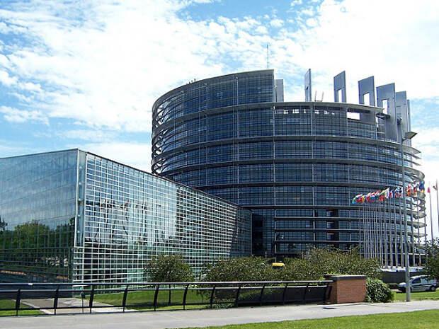 Европарламент принял резолюцию, содержащую план действий на случай нападения РФ на Украину