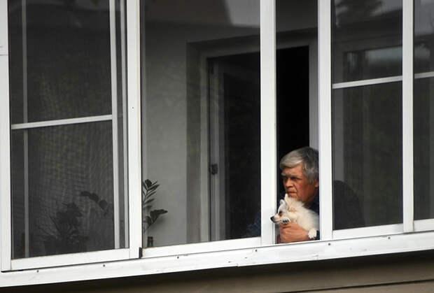 Россияне возненавидели свои квартиры за время карантина. Что не так с жильем в стране?