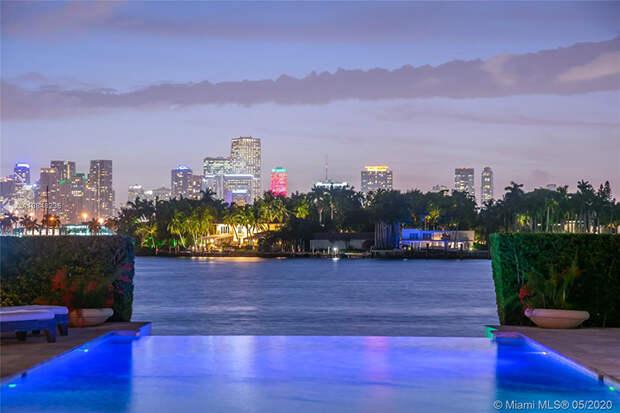 В гостях у Дженнифер Лопес и Алекса Родригеса: экскурсия по их новой вилле за 40 миллионов долларов в Майами