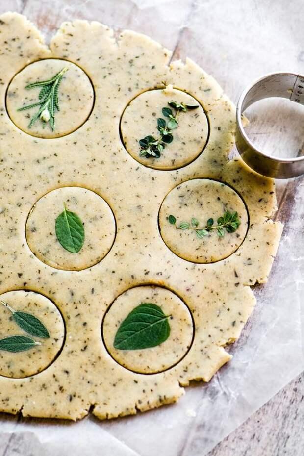 Печенье с розмарином и тимьяном