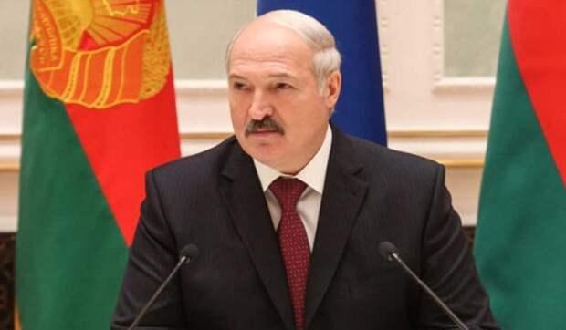 Специалист об угрозах Лукашенко Литве: Выстрел себе в голову