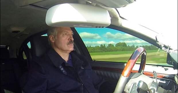 Почему Лукашенко заговорил о возможном побеге в Россию