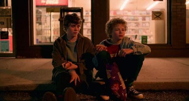 Подростковые сериалы «Общество» и «Мне это не нравится» закрыли после первого сезона