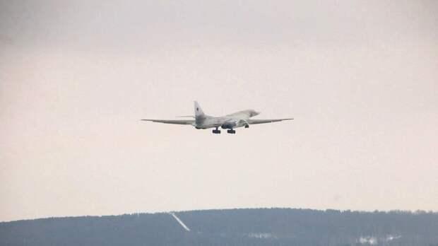 Ту-160М выполнил первый полет с новыми двигателями