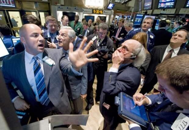 """Рынок нефти, """"подпрыгнув"""" до 80 долларов, падает"""