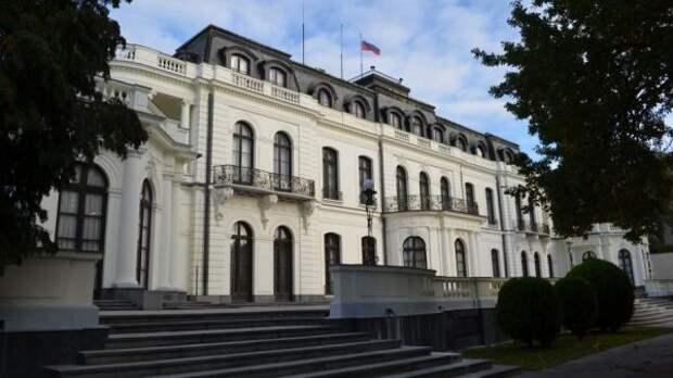 Чехия иРоссия сохранят штат своих генеральных консульств без изменений