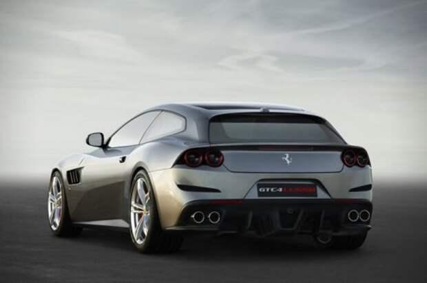 Спортивный монстр Ferrari GTC4 Lusso (7 фото)