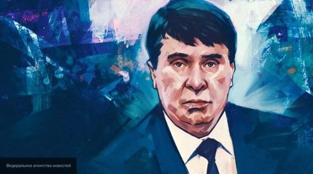 Цеков назвал дилетантской критику ЕС указа Путина о запрете продажи земель в Крыму
