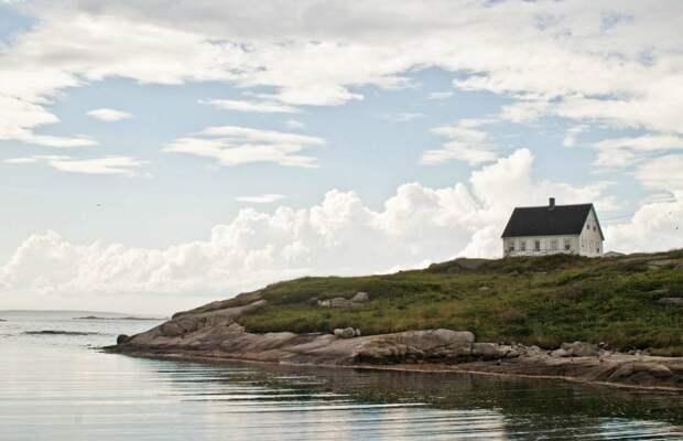 lonelyhouses11 Потрясающие дома, построенные вдали от цивилизации