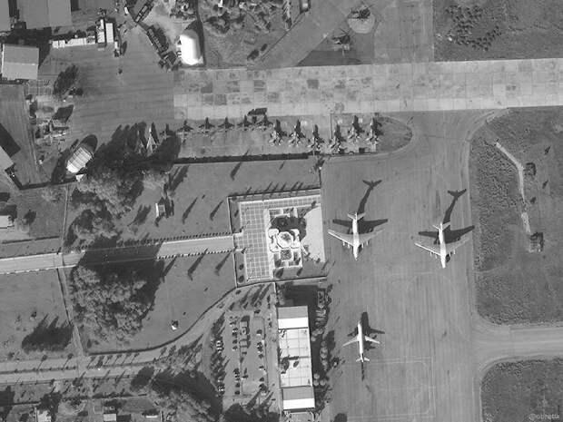Атаку на авиабазу РФ на Ближнем Востоке связали с США