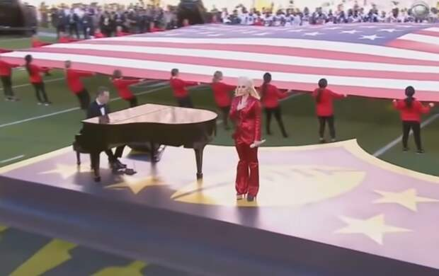 Стало известно, кто споёт гимн США на инаугурации Байдена