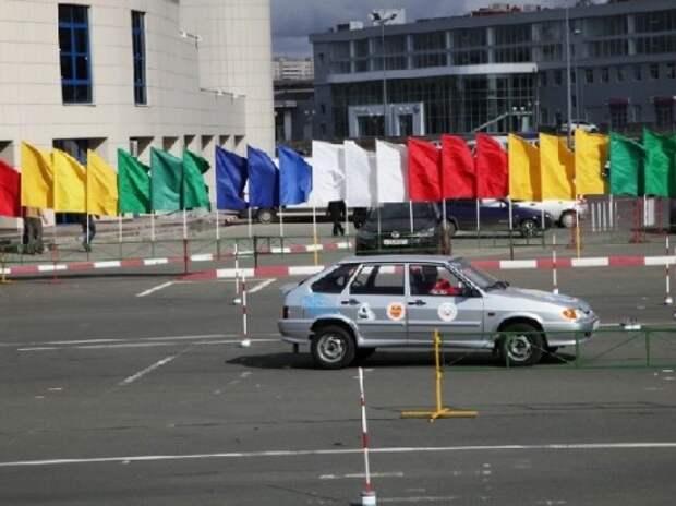 ГИБДД дала список автошкол, которым отказано в регистрации