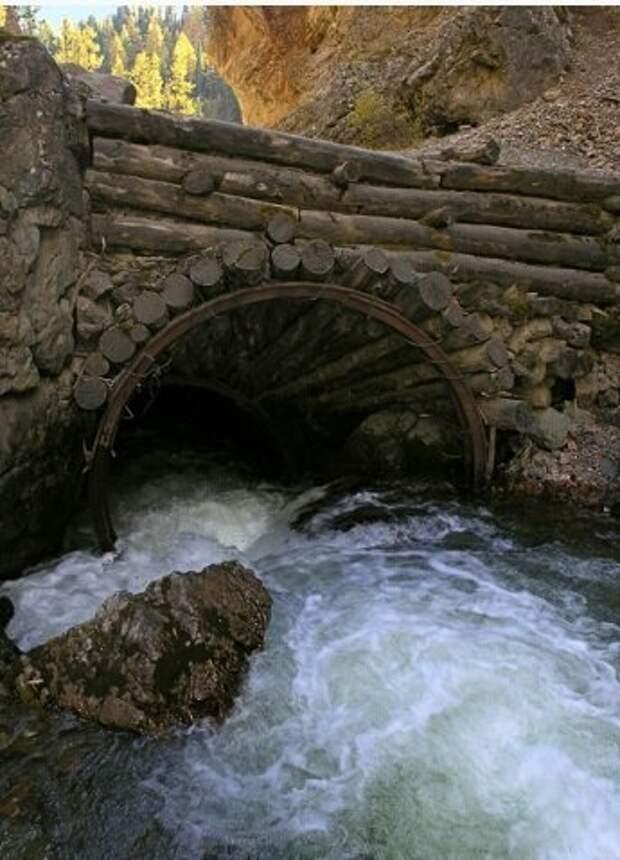 Мост через реку Чибитку. Фото с сайта Администрации Улаганского района