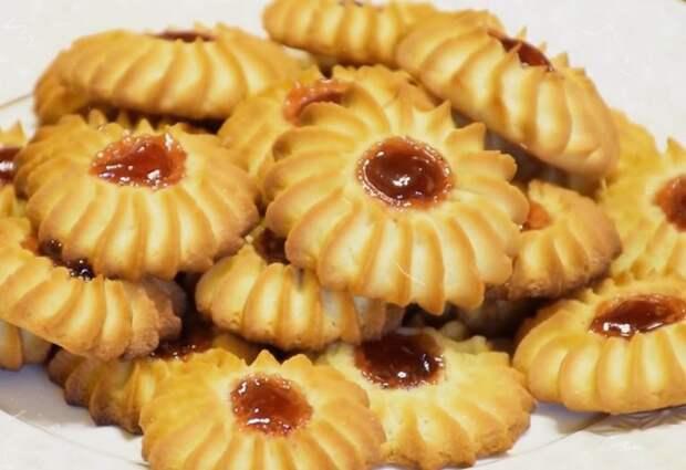 Рассыпчатое песочное печенье Курабье