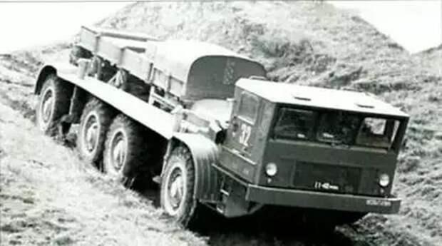 Уникальный «Электроход» ЗИЛ-135Э