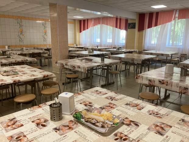 Школьники Удмуртии продолжат получать бесплатное горячее питание в 2021 году