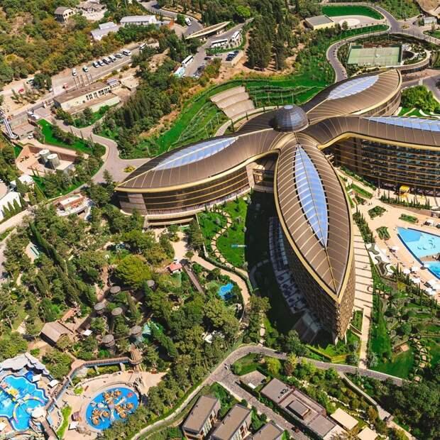 Отель Сбербанка VS курортный город: глава Крыма проявил свои приоритеты