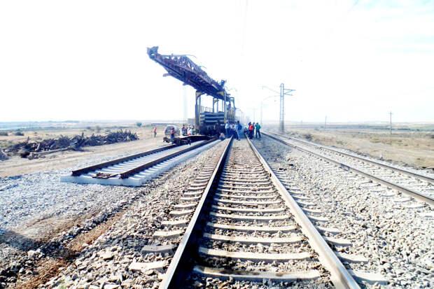 Новая эпоха: Россия и Иран начнут переправлять грузы по железной дороге