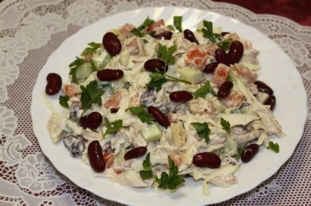 Салат свекольный с фасолью