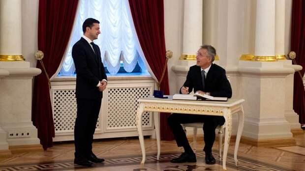 Сатановский объяснил Зеленскому, как поведёт себя НАТО в Донбассе