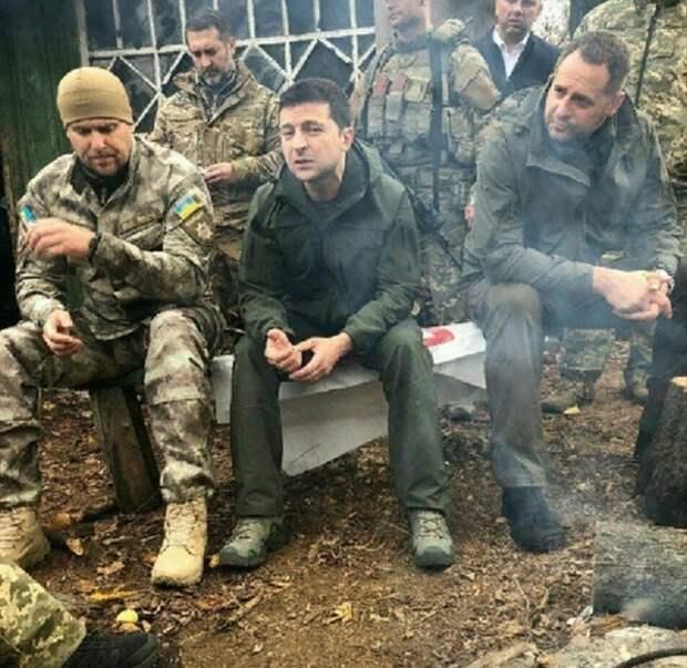 Зеленский поспорил с добровольцами в Донбассе о необходимости разведении сил