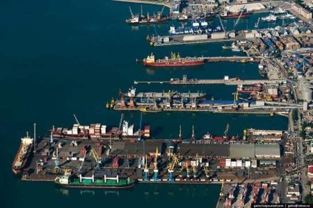 Правительство РФ может убрать часть требований к инвесторам в порты