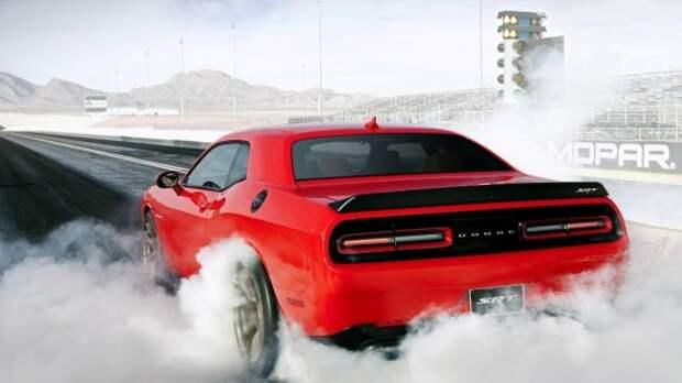Dodge Challenger SRT Hellcat поразил рекордной мощью