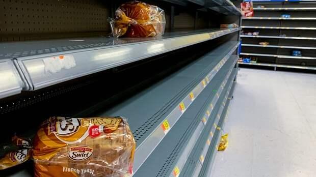 В США снова пустые полки в магазинах