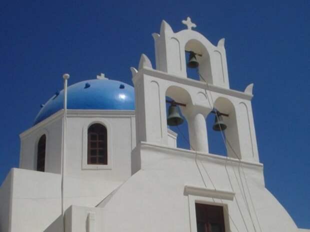В Греции священник плеснул кислотой в семерых митрополитов на церковном суде