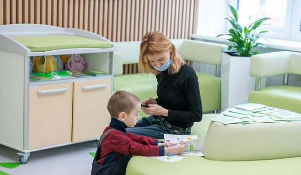 Во всех поликлиниках Москвы начали использовать цифровой паспорт ребенка