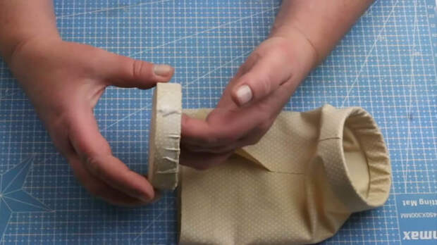 Удивительные, полезные и нужные идеи применения простых вешалок