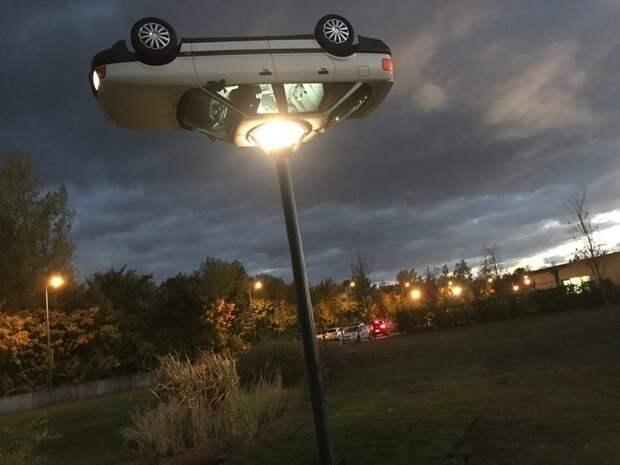 3. А это фонарь, представляете авто, дизайн, не по назначению, новая жизнь старых идей, что можно сделать из авто, юмор