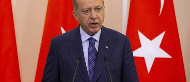 «Три стула» Эрдогана или интриги вокруг С-400