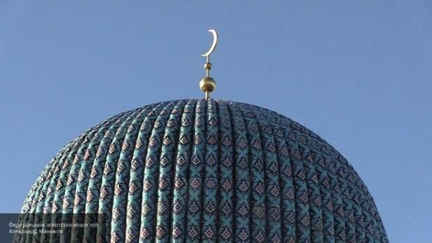 Губернатор Петербурга назвал Курбан-Байрам праздником веры и любви к ближнему