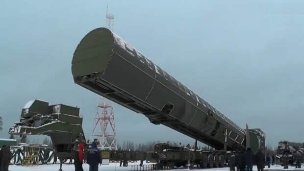 """Российская армия примет на вооружение межконтинентальную ракету """"Сармат"""" в 2022 году"""