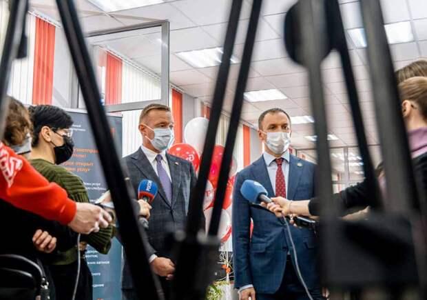 Путешествие к центру РЖД. Монополия открыла в Курске центр для помощи грузоотправителям