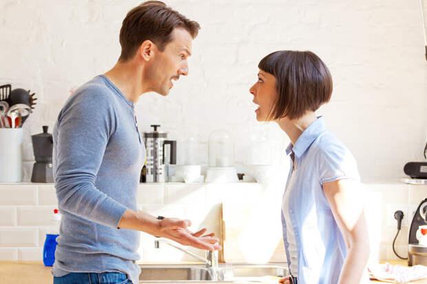 Свекра и свекровь муж напрягать просьбами запретил: «Не справляешься сама – проси своих родителей»