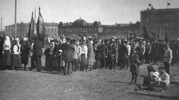 1927. Демонстрация 1 мая на бывшей Базарной история, ретро, фото