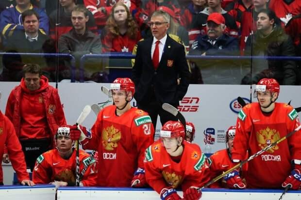 Сборная России вырвала победу в четвертьфинале! Но седых волос у Ларионова прибавилось
