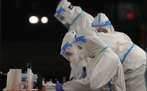 Британия не справляется: Новый штамм коронавируса грозит заразить Россию